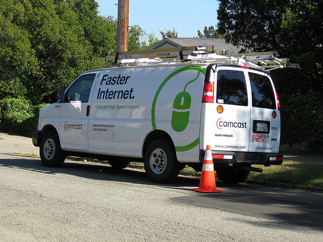 Comcast boosts 250GB data cap to 300GB and more, blames it on the iPad and set-top boxes