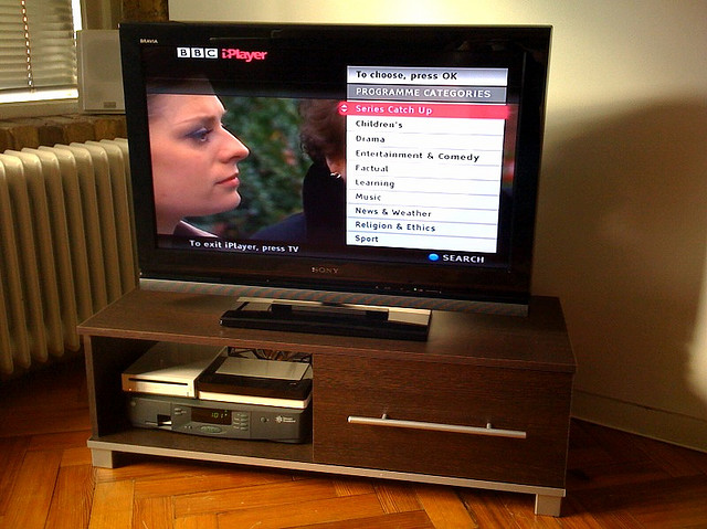 BBC iPlayer users steadily switching from the desktop as mobile device requests almost double in a year ...