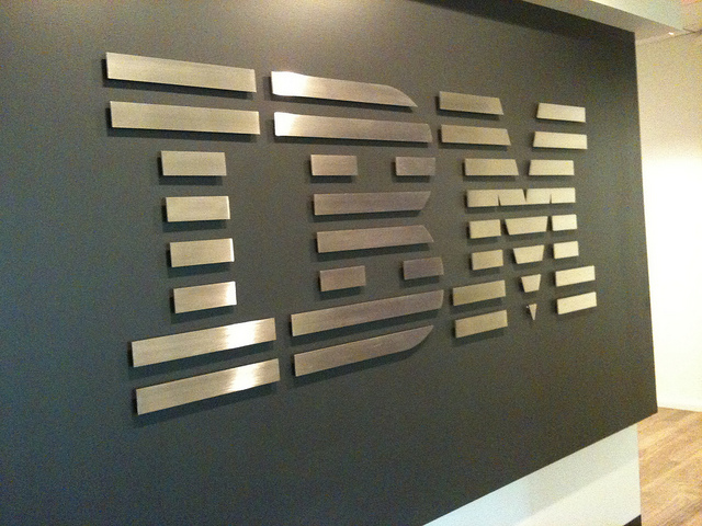 IBM bans Siri on its networks over worries that Apple may store sensitive data