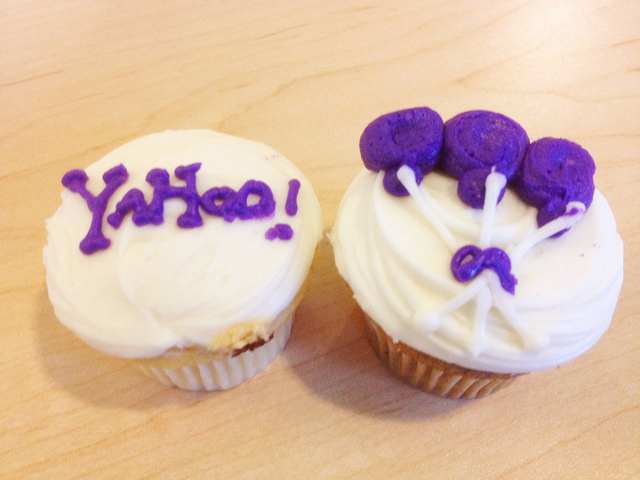 Yahoo! launches Axis, a combined search and browsing product
