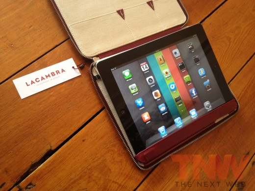IMG 2592wtmk 520x390 Review: Lacambras stylish, elegant leather case positions your iPad any way you want it