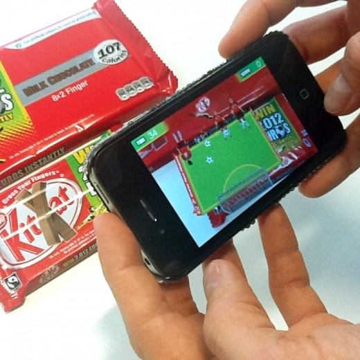 a 520x520 Blippar brings an augmented reality football game to Kit Kat wrappers
