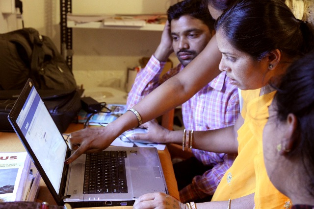 India tipped to overtake the US to become the world's biggest Facebook market by 2015