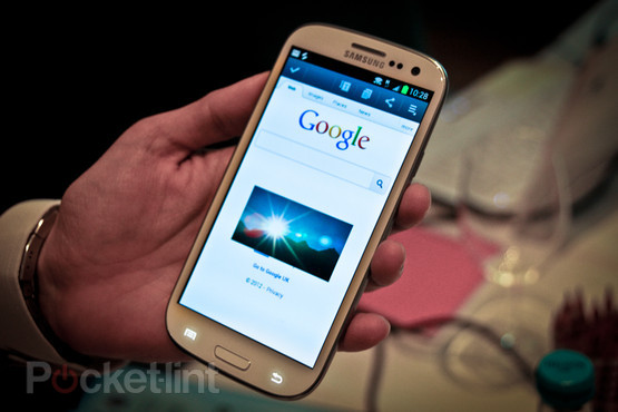 Samsung's Galaxy SIII revealed: 4.8 inches, 720p HD display, 8 megapixel camera and S Voice