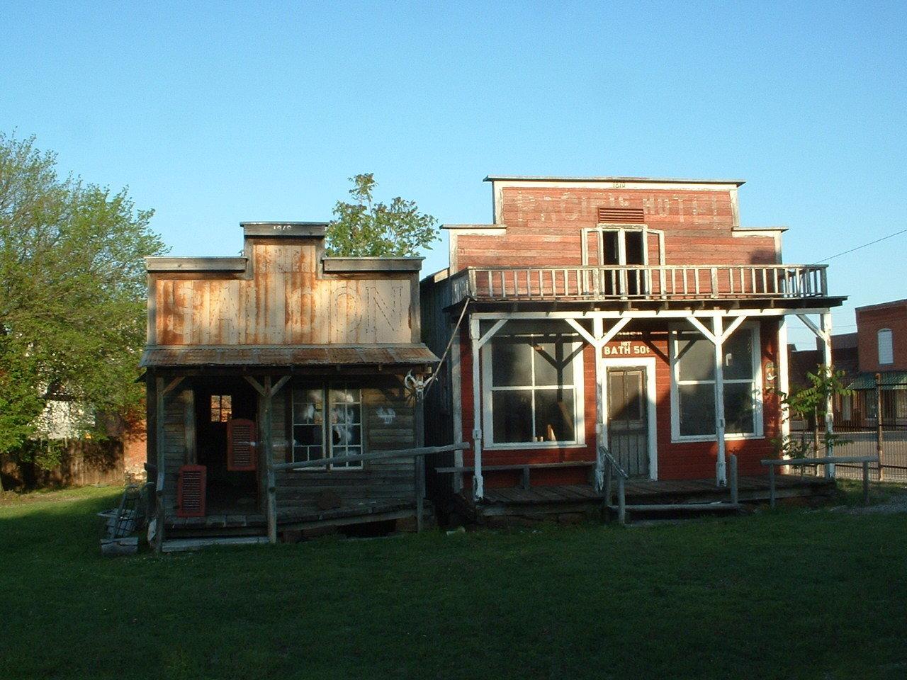 Alien-inhabited Kansas ghost town up for auction on eBay