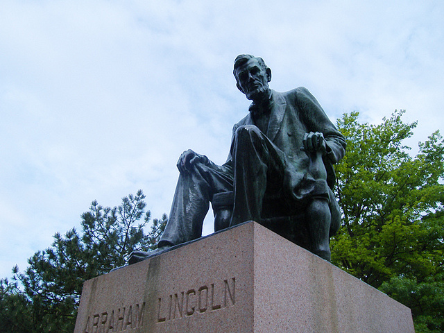 Yep, it's confirmed. The invention of Facebook by Abe Lincoln is fake.