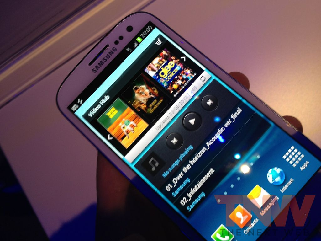 Hands-on with the brand new Samsung Galaxy S III [pics]