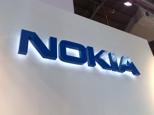 Nokia debuts Nokia Reaction Bluetooth headset, with ear detection, noise reduction and acoustic design ...