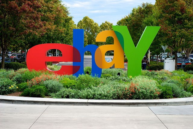 eBay partners with Bloom Energy to build America's largest renewable fuel cell data center