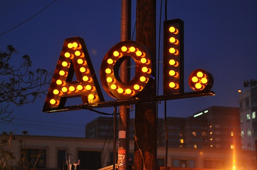 "AOL initiates ""Dutch auction"" tender offer to repurchase $400m worth of shares"