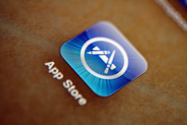 Apple's iOS App Store goes down for many across the world [Updated with workaround]
