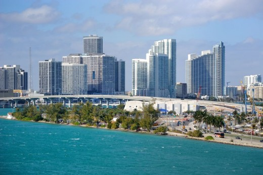 Miami skyline via Pond5 520x347 18 Latin American tech hubs you should know