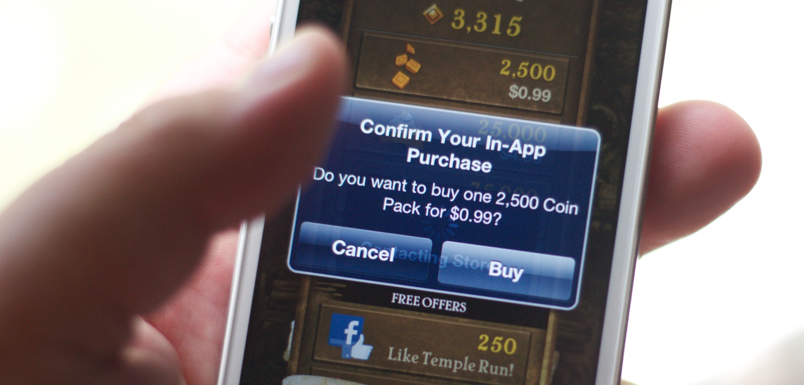 Apple begins bid to block in-app purchasing flaw, but service remains operational (for now)