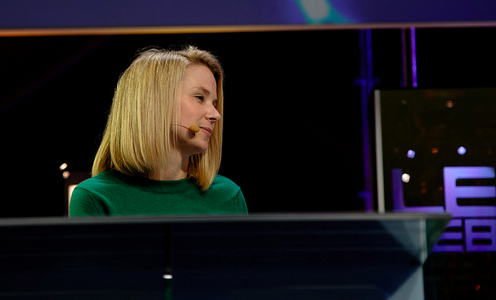 Yahoo reports Q2 revenues of $1.22 billion, earnings of $0.27 per share