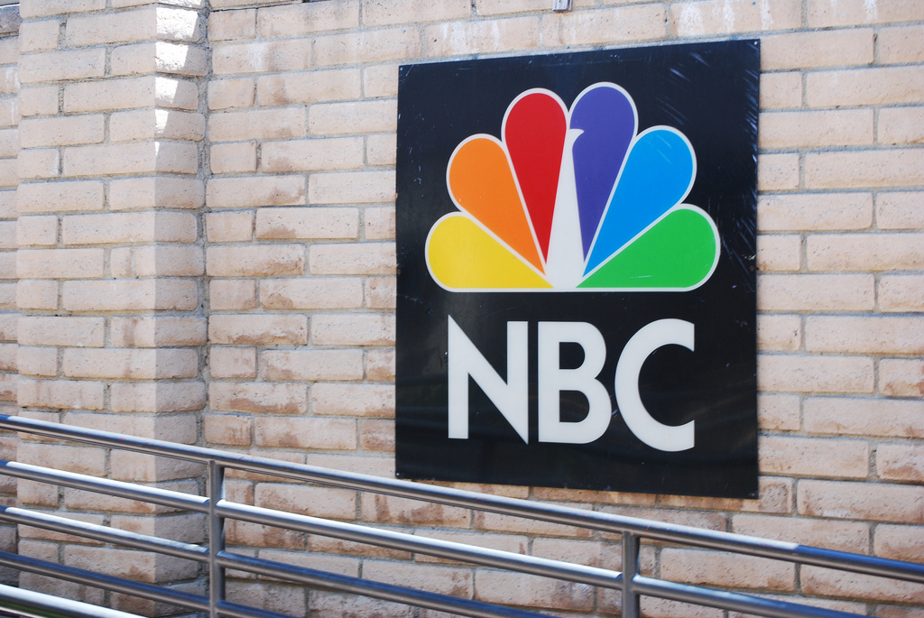 Comcast buys Microsoft's MSNBC.com stake and relaunches the site as NBCNews.com