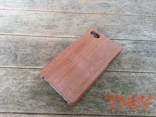 20120809 111506wtmk 520x390 TNW Review: The Carve Case offers handmade, lightweight wooden protection for your iPhone