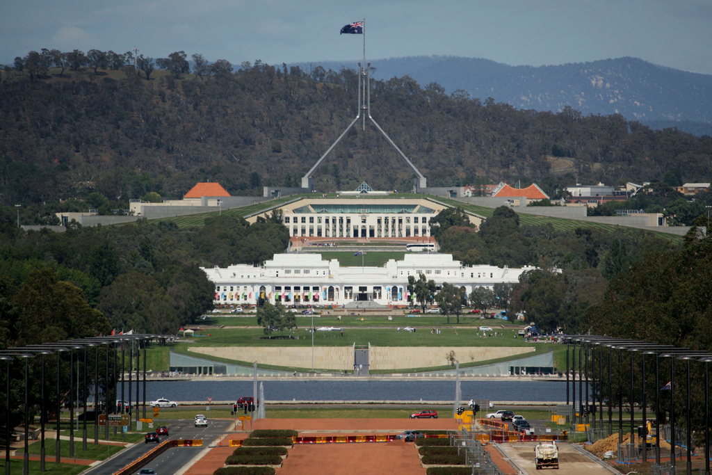 Australian government passes controversial cybercrime data retention bill