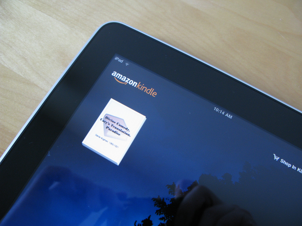 Amazon's Kindle app for iOS gets adjustable margins, better fonts and 'rapid highlights' ...