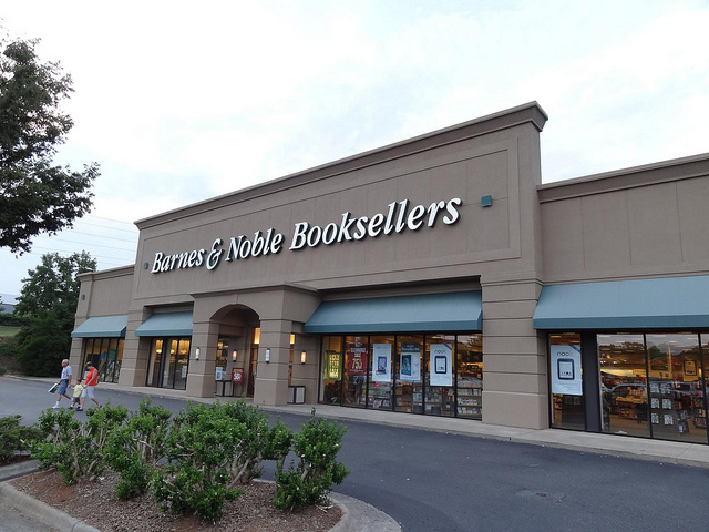 Barnes & Noble to launch NOOK e-readers and digital bookstore in the UK this autumn