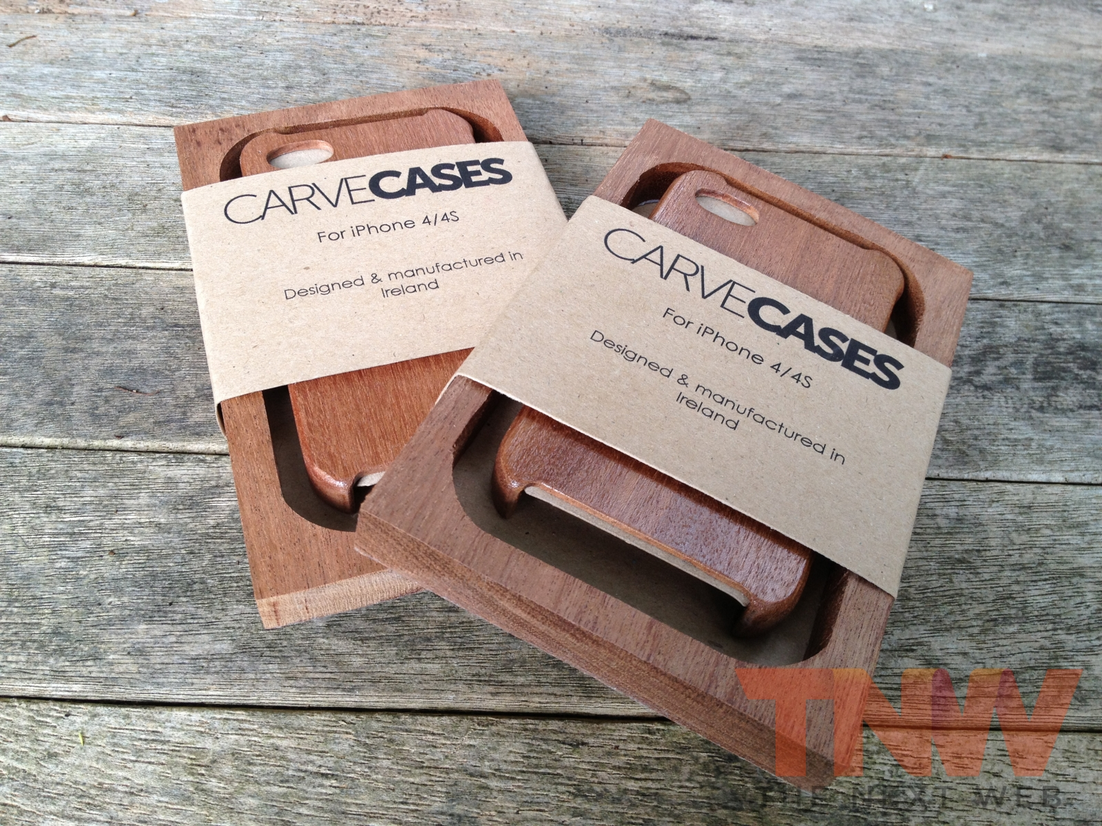 TNW Review: The Carve Case offers handmade, lightweight wooden protection for your iPhone