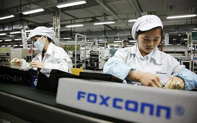 Chinese reporter goes undercover at Foxconn on 'iPhone 5' production line