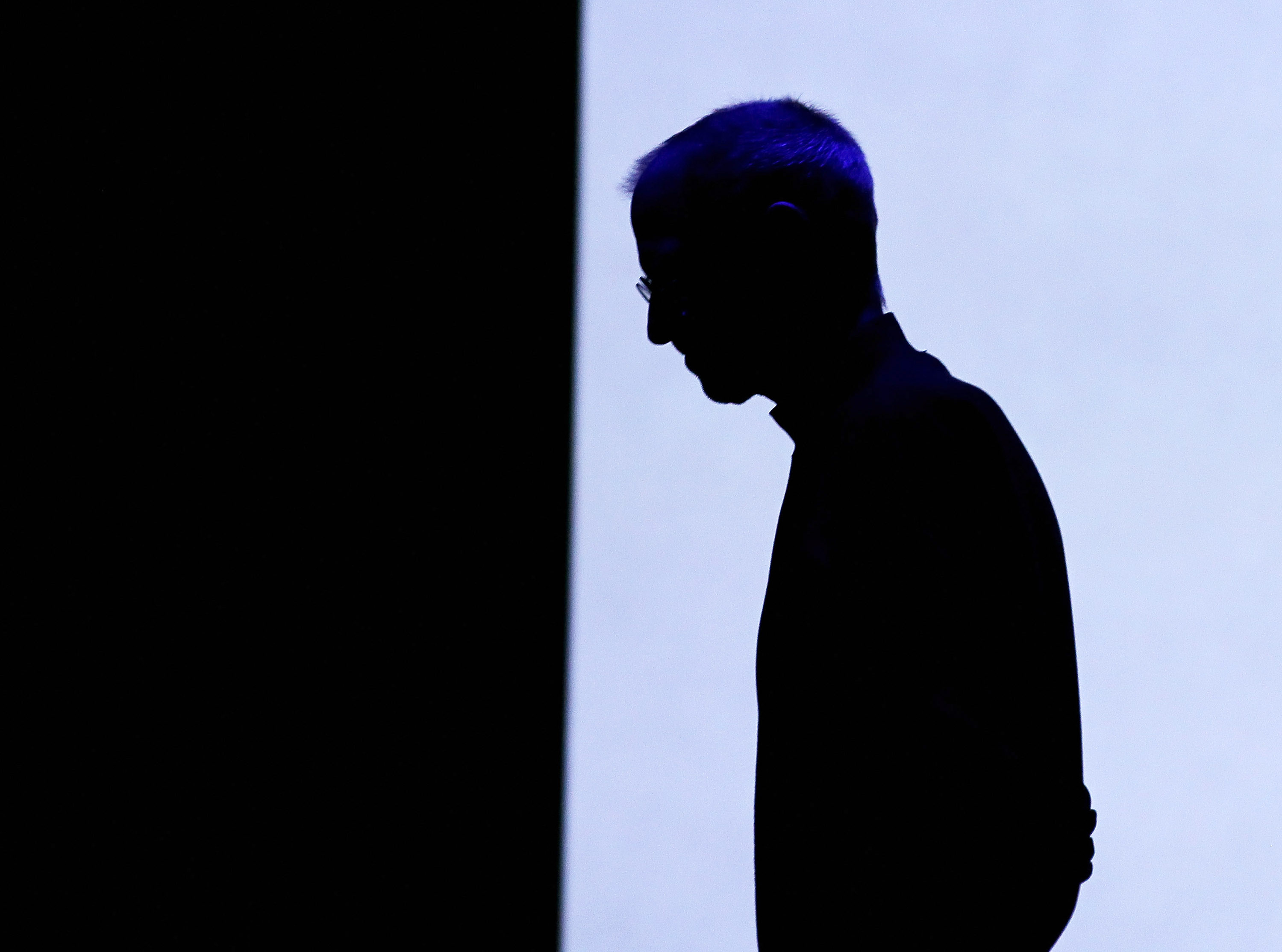 "Apple CEO Tim Cook pays tribute to Steve Jobs: ""His spirit will forever be the foundation of Apple"" ..."