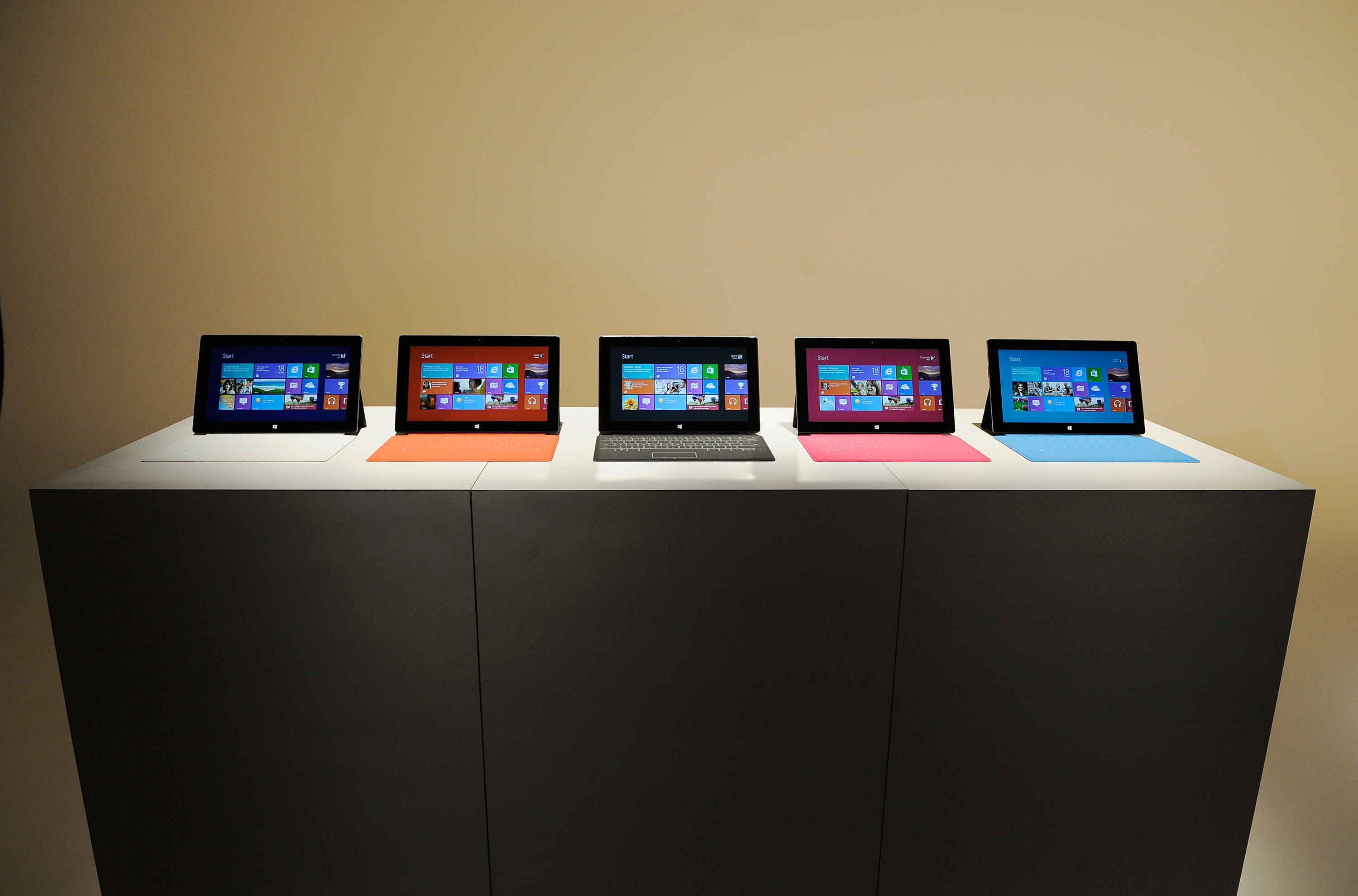 Microsoft pushes Surface banner ads suggesting preorders may open soon