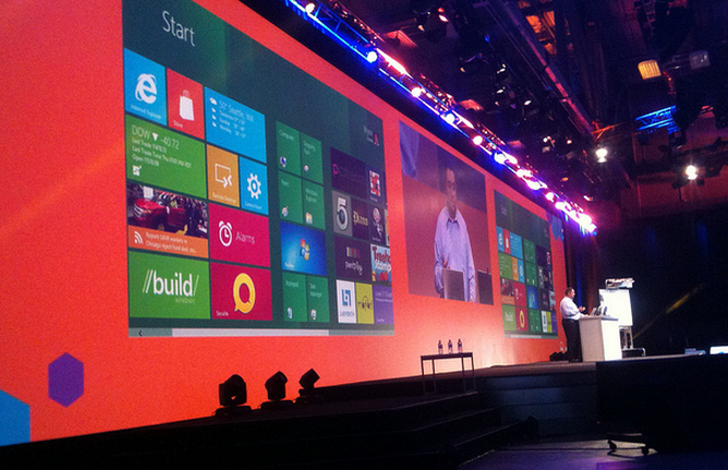 Microsoft promises slate of updates for Windows 8's 'built-in' apps