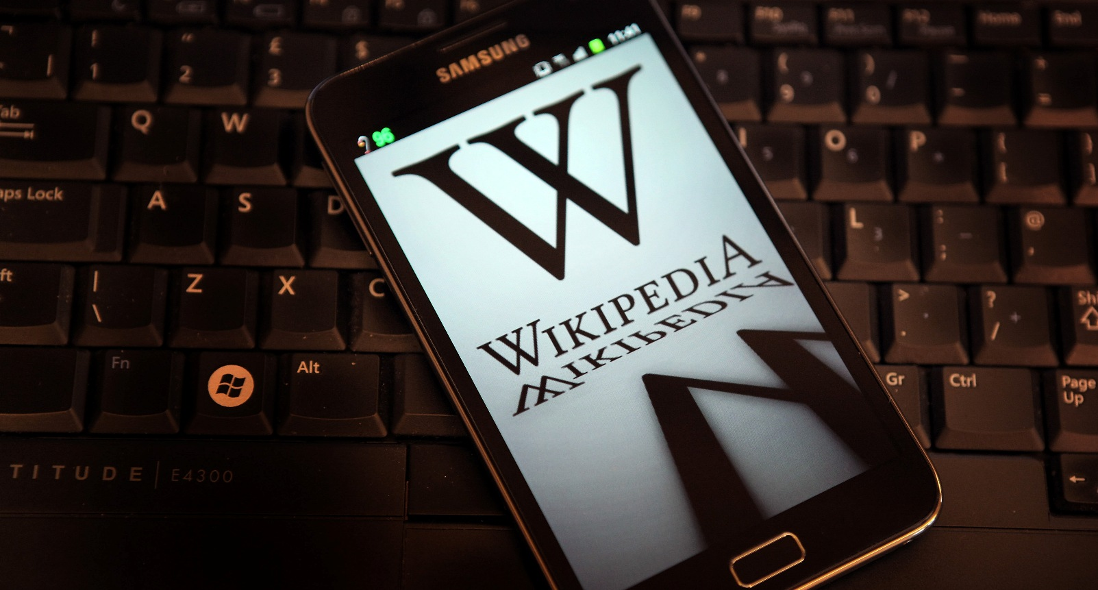 Wikipedia's testing a new sign-up page to entice would-be Wikipedians