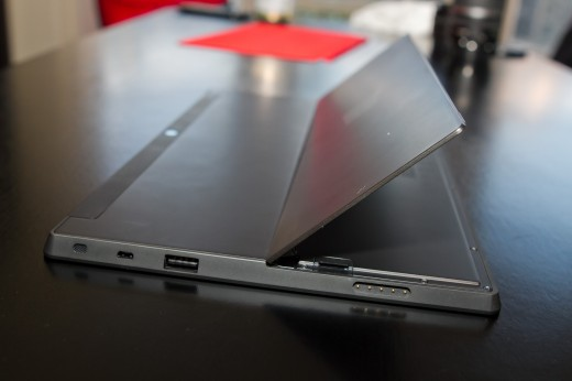kickstand 520x346 Hands on with Microsoft's Surface RT, a worthy tablet with a quirky operating system