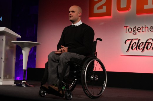 mark pollock 520x346 Ekso Bionics exoskeleton receives a standing ovation at Wired 2012