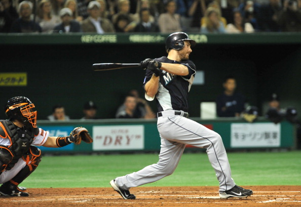 Groupon partners with Major League Baseball to become its official daily deals site for its 30 clubs