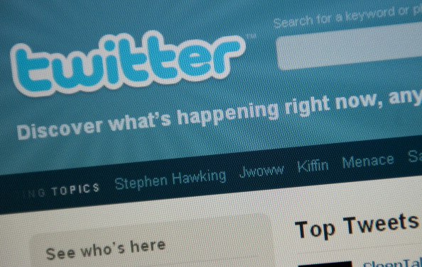 PeopleBrowsr sues Twitter over Firehose access, gets injunction, claims it is violating openness