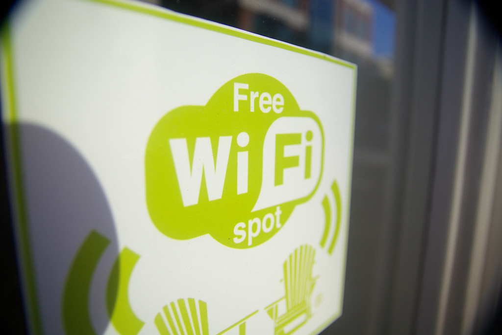 Free WiFi for check-ins: Facebook pilots new service for local businesses