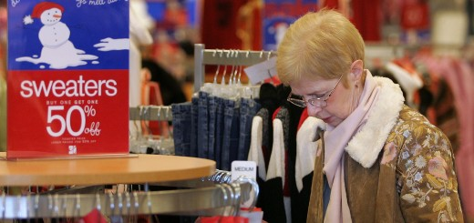 Retailers Slash Prices To Lure Post-Holiday Shoppers