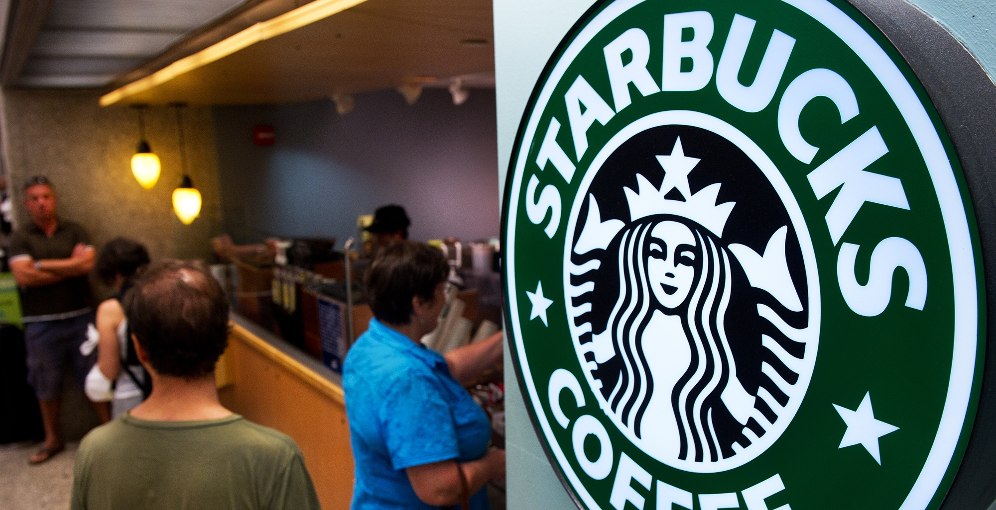 Done percolating, Starbucks rolls out Square mobile payments in 7,000 US coffee shops