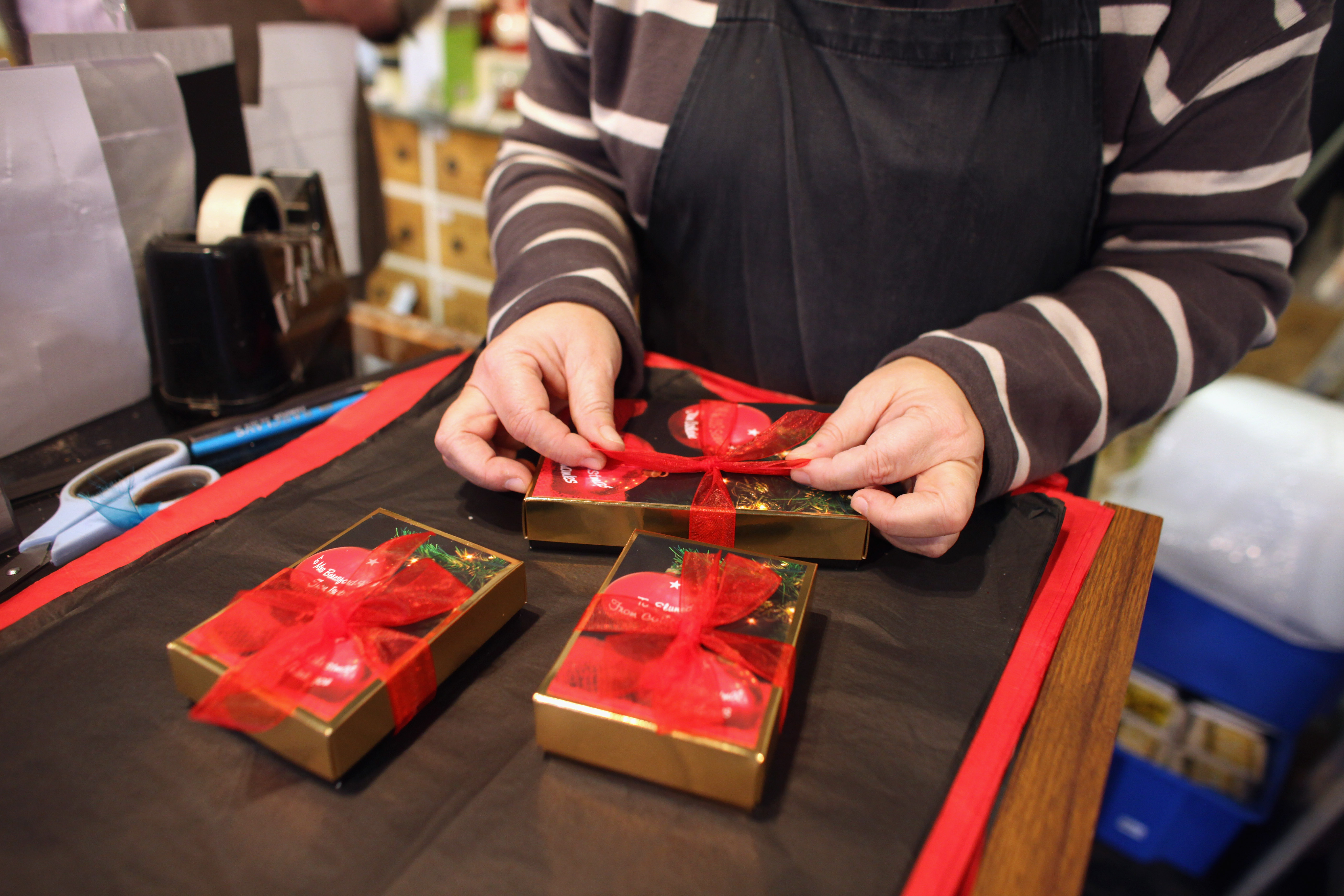 5 unconventional places to shop for your holiday gifts