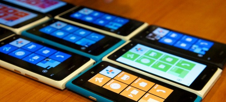 "AT&T: Nokia Lumia Windows Phone devices selling ""very well"""