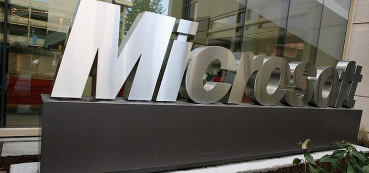 This week at Microsoft: IE10, Windows 8, XP, and Outlook.com