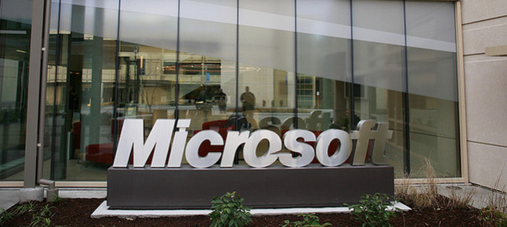 Microsoft's holiday push to see Surface's distribution expand, and Windows Phone 8's ...