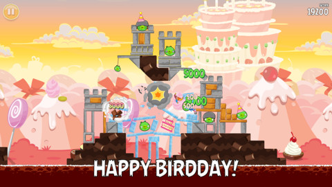 angry1 Happy Birdday! Angry Birds turns three, adds 30 new levels, full iPhone 5 support and Pink Bird