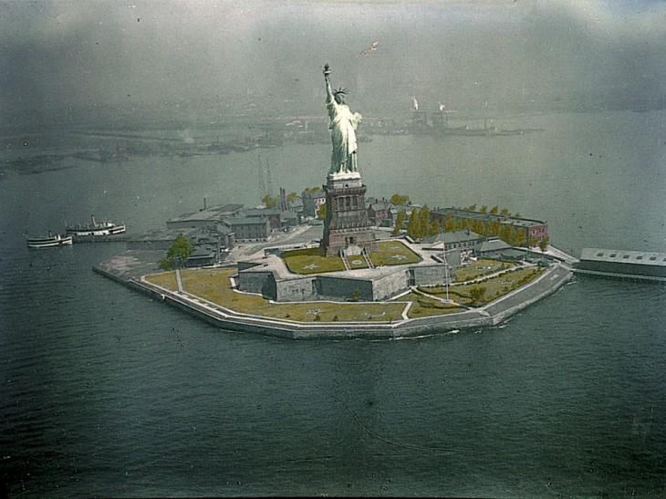 08-flashback-125-statue-liberty