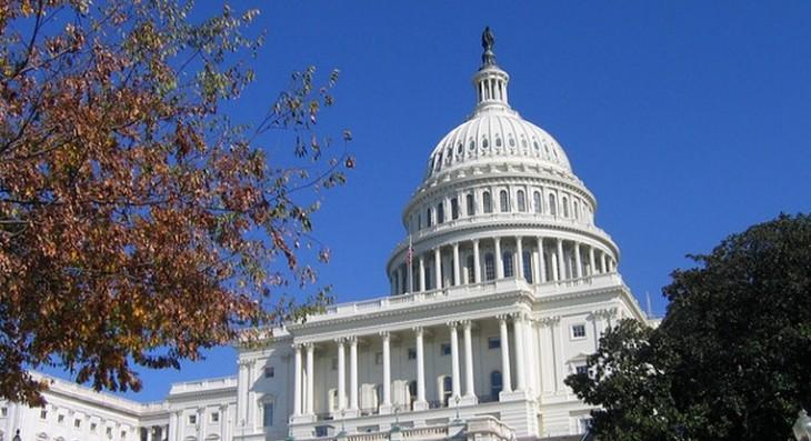 Senators propose permanent ban on the taxation of Internet access
