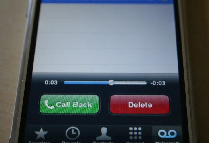 EE Activates Visual Voicemail For UK iPhone 5 Owners, Only on 4G Plans