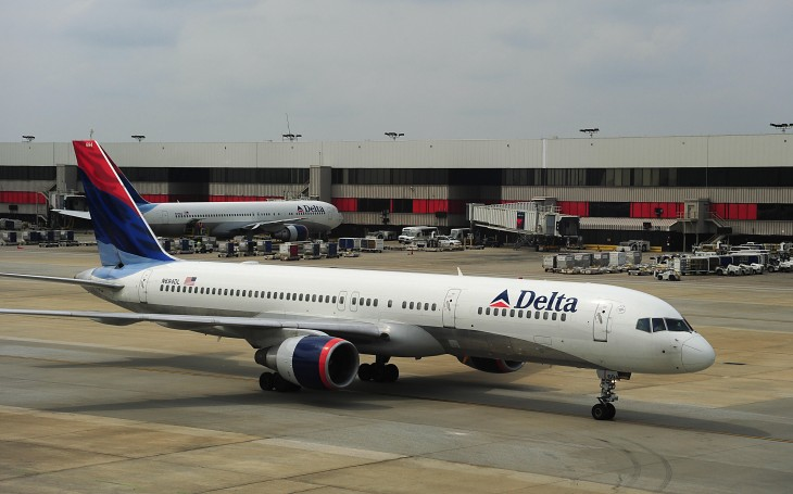 Delta launches iPad app with mapping and social features, updates iPhone version with Passbook support ...