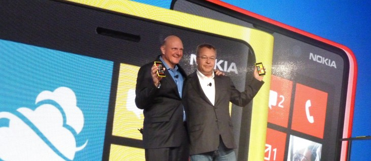 Nokia launches its flagship Lumia 920 and Lumia 820 smartphones in key market India