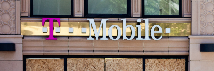 "T-Mobile USA to begin selling the iPhone in ""three to four months"""