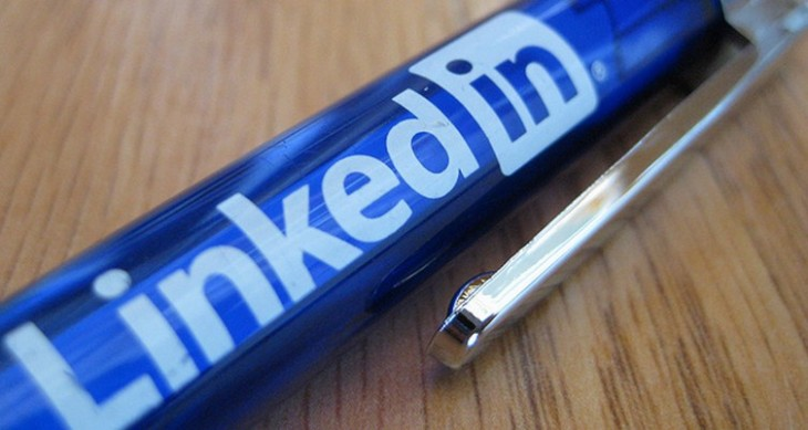 LinkedIn crushes Q4 expectations with revenue of $303.6M, EPS of $0.35 as it passes 200 million users ...