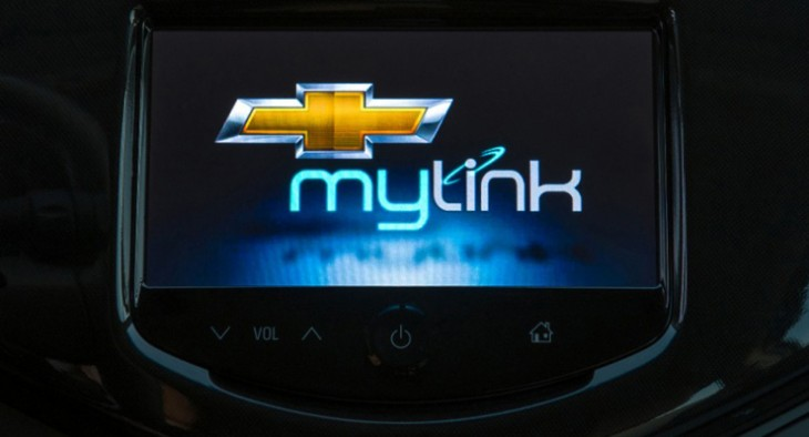 apple 39 s siri added to chevrolet sonic and spark through mylink. Black Bedroom Furniture Sets. Home Design Ideas