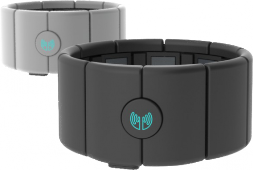 myo 1 copy 520x349 Thalmic Labs launches developer program for MYO, an armband that controls gadgets with air gestures